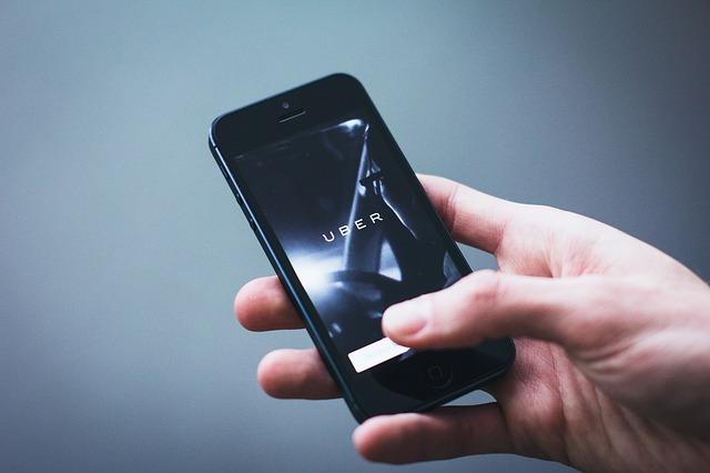 uber na mobilu.jpg