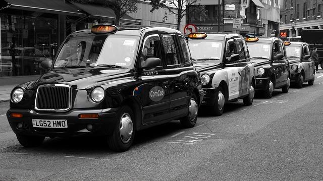 taxi v Londýně.jpg