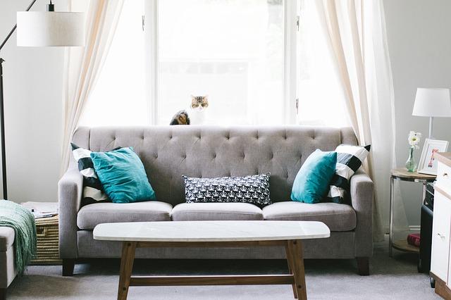 obývací pokoj, gauč.jpg